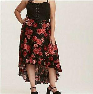 Torrid high-low rose skirt